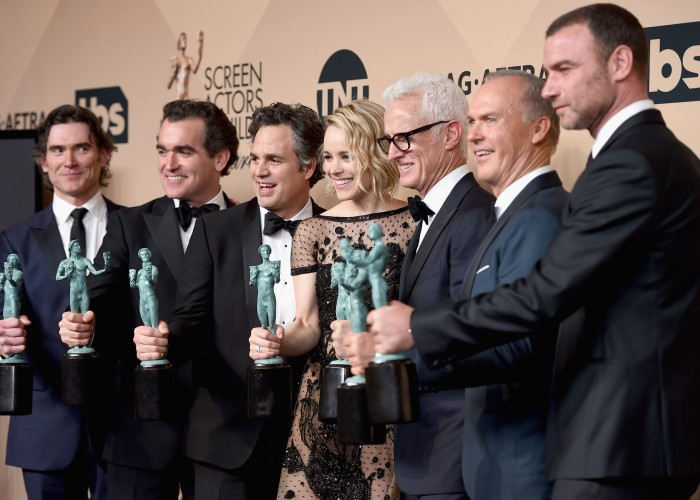 """LOS ANGELES, CA - JANUARY 30:  (L-R) Actors Billy Crudup, Brian d'arcy James, Mark Ruffalo, Rachel McAdams, John Slattery, Michael Keaton and Liev Schreiber, winners of the award for Outstanding Performance by a Cast in a Motion Picture for """"Spotlight,"""" pose in the press room during The 22nd Annual Screen Actors Guild Awards at The Shrine Auditorium on January 30, 2016 in Los Angeles, California. 25650_015  (Photo by Jason Merritt/Getty Images for Turner) *** Local Caption *** Billy Crudup;Brian d'arcy James;Mark Ruffalo;Rachel McAdams;John Slattery;Michael Keaton;Liev Schreiber"""