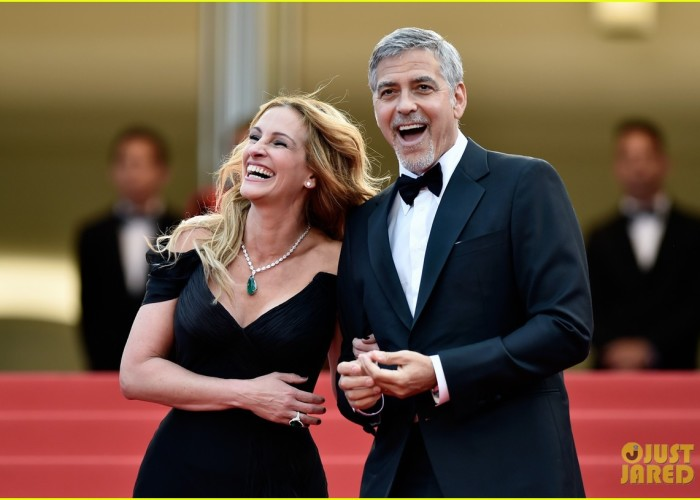 "CANNES, FRANCE - MAY 12:  Actors Julia Roberts and George Clooney attend the ""Money Monster"" premiere during the 69th annual Cannes Film Festival at the Palais des Festivals on May 12, 2016 in Cannes, France.  (Photo by Pascal Le Segretain/Getty Images)"